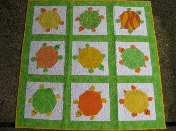 Quilt Patterns With Turtles : 1000+ images about Lisa s Turtles on Pinterest Felt turtle, Turtle quilt and Turtle crafts