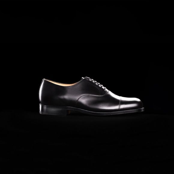 Shoe No 2, 1930's. Shop Here.. http://www.grenson.com/uk/shoe-no-2-mens-oxford-shoe-black-calf-leather-leather-sole.html