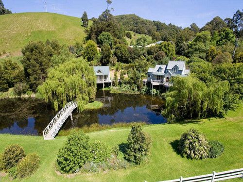 Paradise Gardens Bed & Breakfast :: Apollo Bay Accommodation on the Great Ocean Road Victoria Australia