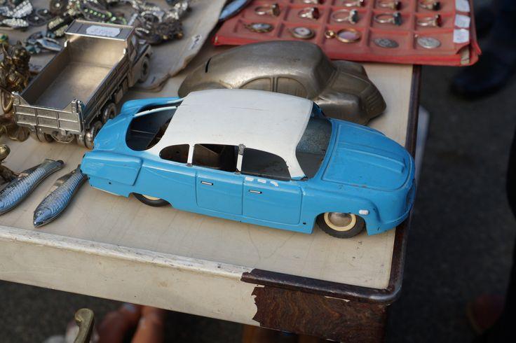 #tatra 603 #vintage #toys #cssr #czechoslovakia #market #ites