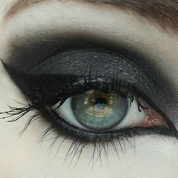 How To Put On Gothic Eye Makeup Makeupview