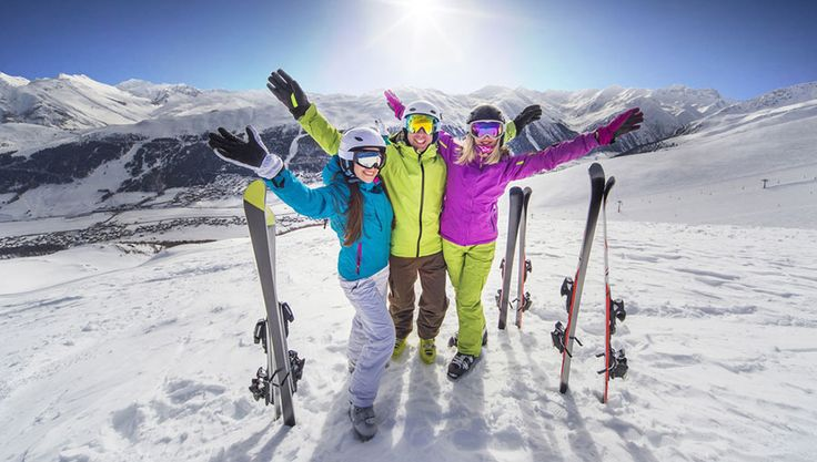 Top 10 ski resorts in North America. We labored—like dogs!—gathering intel from the slopes last season at resorts we've never before visited, and at resorts where we haven't been in a while. The ZRankings – Forbes Ski Resort Rankings crew, of course, had to see the product of the Park City – Canyons merger, resulting in the United Stat