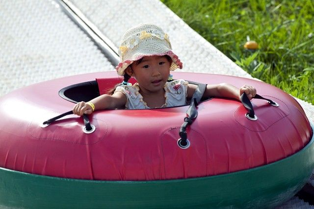 Summer Tubing Family Activities | Green Season | Niseko HANAZONO Resort