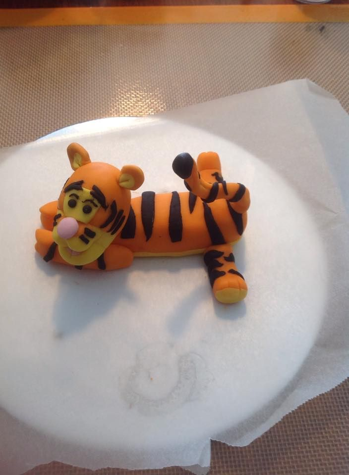 tigger made out of fondant
