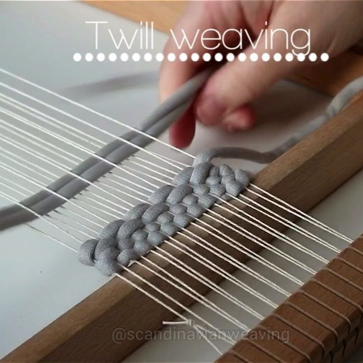 """10 Likes, 3 Comments - Gunn Kristin Halvorsen (@scandinavianweaving) on Instagram: """"Weaving tutorial 45: Twill weaving! Up to you how many warp threads you want to jump over at the…"""""""
