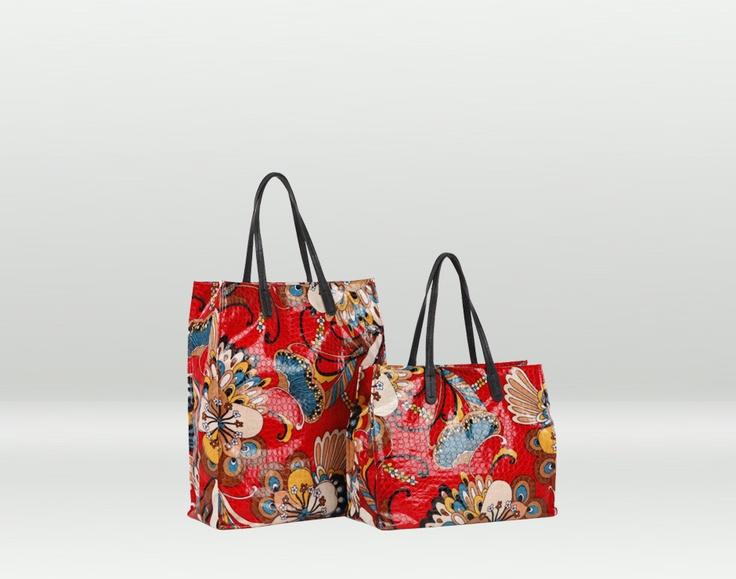 Lanzarote, borsa mare con motivo floreale