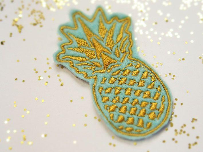 Aufnäher - Aufnäher, Patch, Ananas- gold/mint - ein Designerstück von HYVA-Stickfabrik bei DaWanda