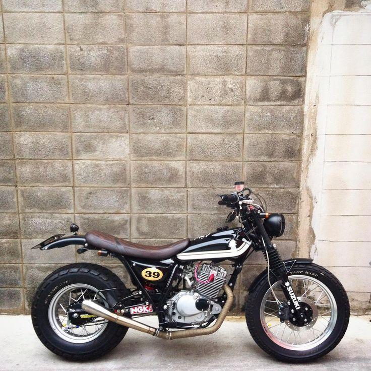 """""""#suzukivanvan #2wheel #moto #slowlife #slowride #tracker #rv125 #vanvan #suzuki #vanvanclubthailand"""""""