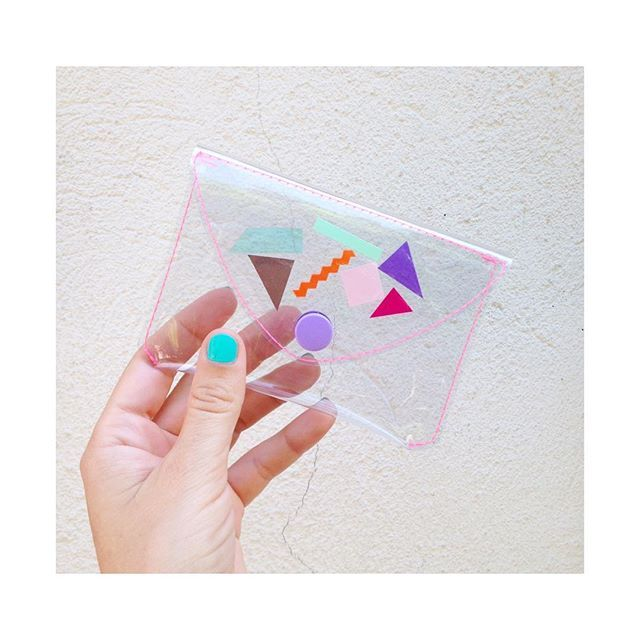 transparent wallet by pleasure is pretty