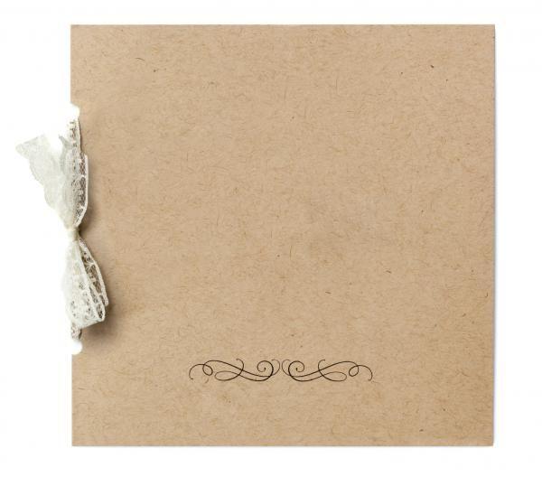 DIY Wedding Invitations with Recycled Material  #wedding #invitation #chic #DIY