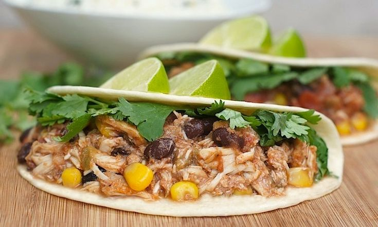 Slow Cooker Mexican Chicken: Crockpot Meals, Black Beans, Mexicans Food, Slow Cooking Mexicans, Crock Of Food, Mexicans Chicken, Cooking Crockpot Recipes, Mexicans Meals, Cooker Mexicans
