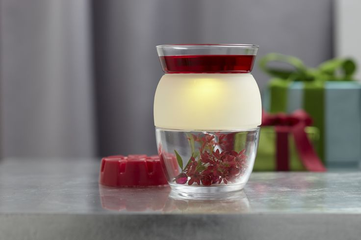 """#Clearly Creative™ #ScentGlow® Warmer P91576   Add your own creative touches to the electric Warmer's glass base to match the season, the room or your mood! Place Scent Plus® Melts, sold separately, in the top dish for a room full of rich scent. White cord. 6""""h, 4½""""dia. Earn for free by selling to a few of your friends and family ask me how! michellemybell4@h... Independent Partylite Consultant"""