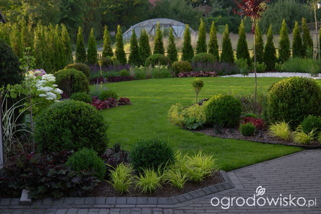 Brick moreover Small Gardens Design Ideas in addition Front Yard Landscaping Ideas in addition Article in addition Fountain Landscape Ideas. on formal front yard landscaping ideas