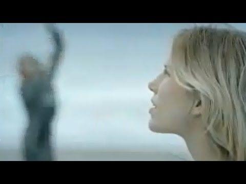 Alain Souchon - Le baiser (Clip officiel) - YouTube