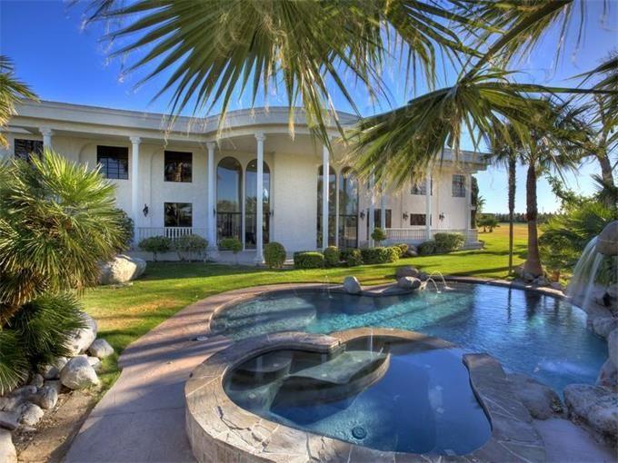 9 best las vegas mansions for sale images on pinterest for Mansions for sale in las vegas