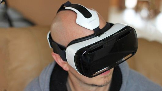When we met with Oculus VR earlier this year, the team mentioned that future versions of the Rift headset could skip the PC, and instead use mobile devices for brains. Now we see what they were co...