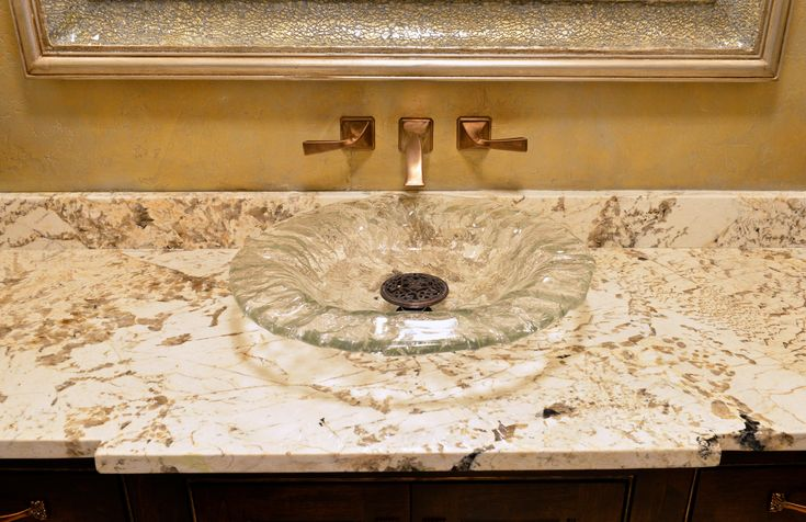 Alpinus guest bathroom levantina dallas this beautiful for Alpinus granite