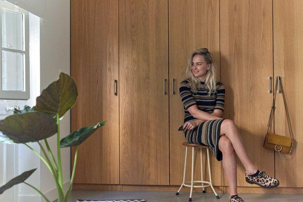 Een kijkje in het stylish appartement van Liza Chloë Photography by Marije Kuiper - Roomed
