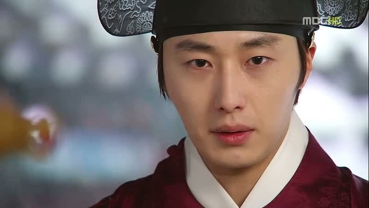 yang-myung (lee hwon's brother) who is also in love with yeon woo
