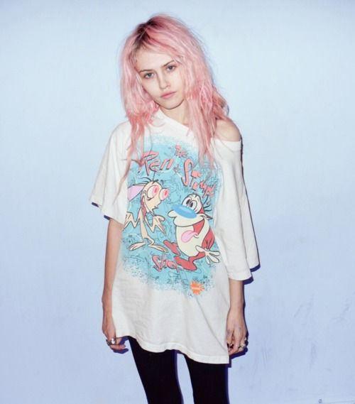 Mix pastel coloured hair with an old-school tee for that perfect look.