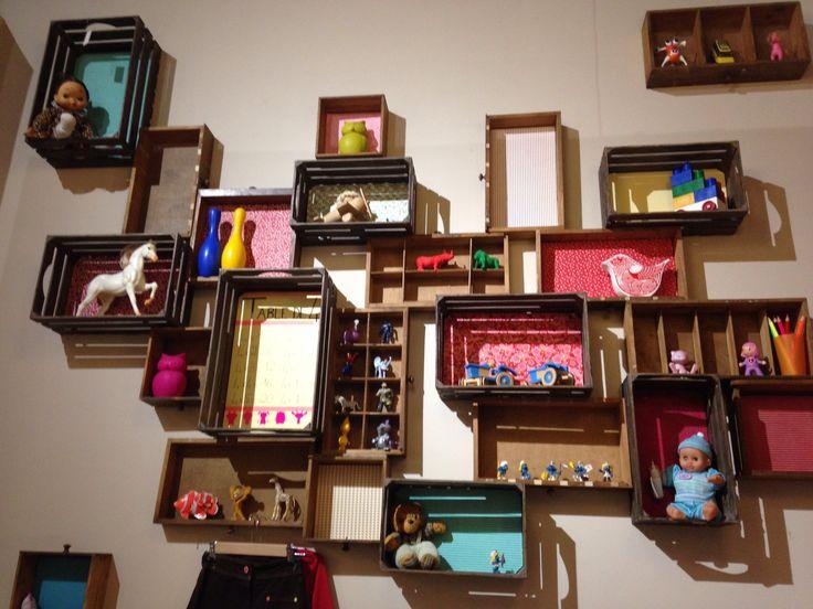 1000 images about recup caisse de bois on pinterest. Black Bedroom Furniture Sets. Home Design Ideas