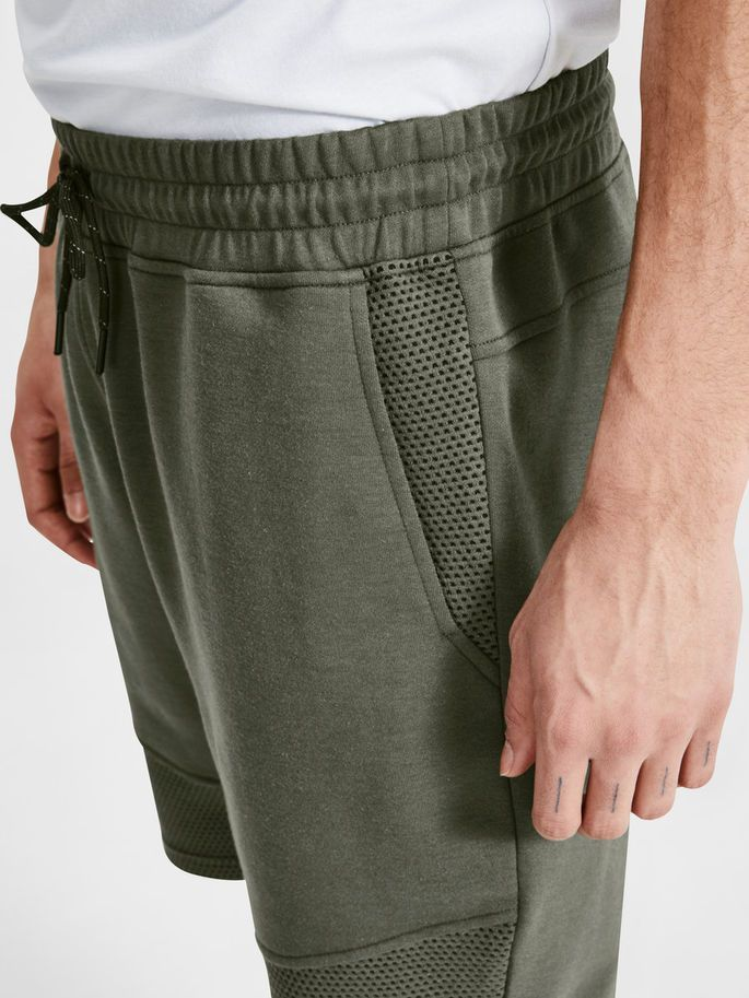 CASUAL SWEAT SHORTS, Thyme, large | Sweat shorts, Sport