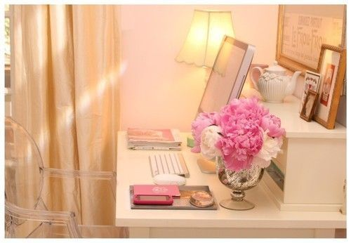 .: Peonie, Desks Area, Homes Offices, Chairs, Offices Spaces, Work Spaces, Pink, Flower, Desks Spaces