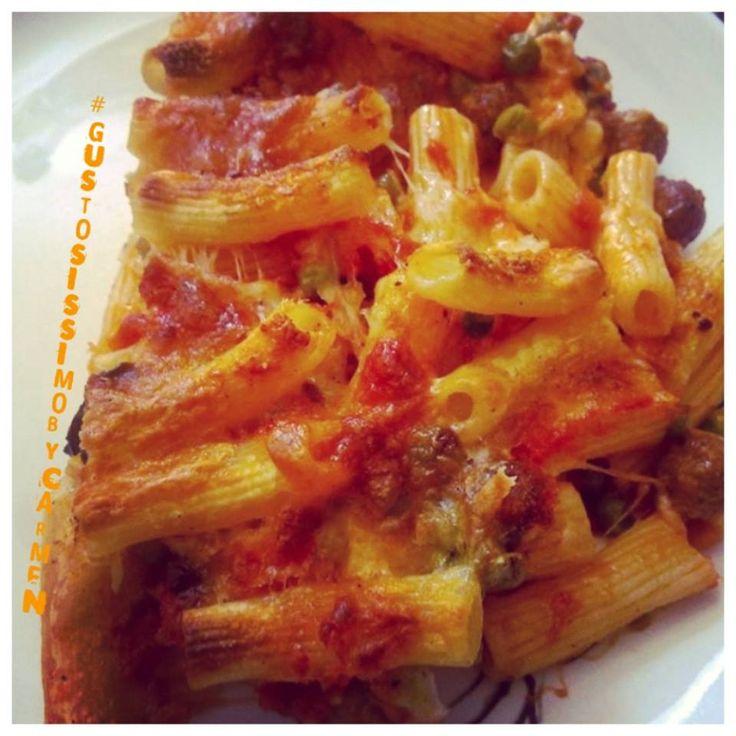 Pasta al forno con polpettine e piselli | #pastaalforno parte Seconda ... Direttamente nel vostro piatto  per una #domenica #veryhot  #foodporn #mammachebuona #tanta roba #Ilikethis #madeinItaly #madeinsud la #ricetta su #GustosissimoByCarmen un #BlogGz #GialloZafferano ... #best #sitefood ... #GustosissimoByCarmen