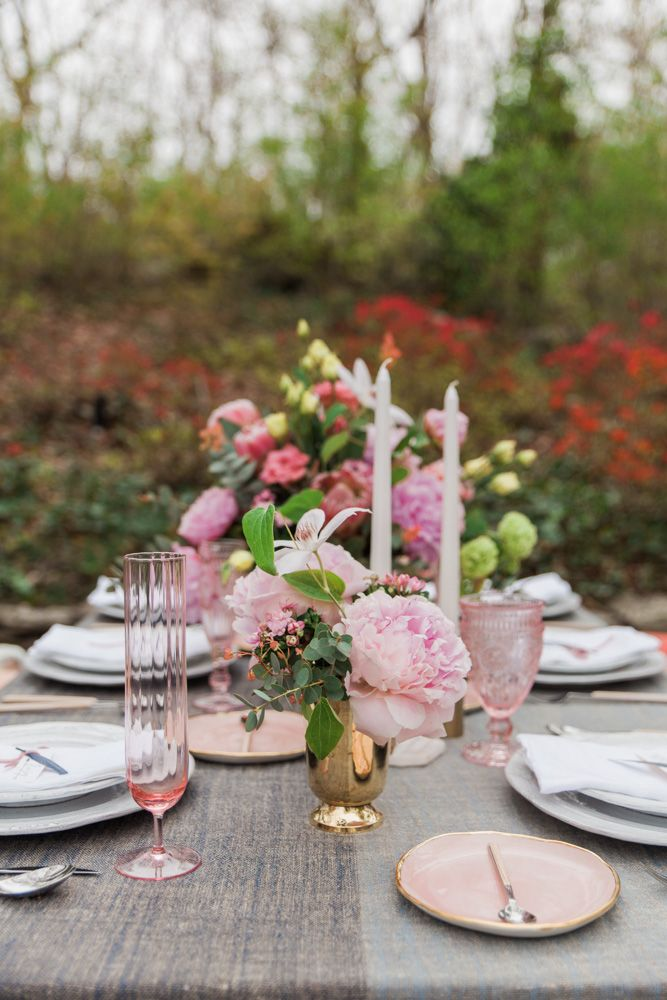 How To Throw A Perfectly Relaxed Galentineu0027s Party & 120 best Pink Tablesettings images on Pinterest | Big party Bridal ...