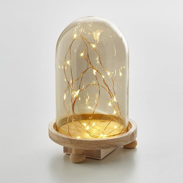 Globe avec guirlande lumineuse : une belle manière de composer une atmosphère chaleureuse  !