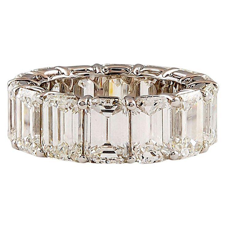 https://www.bkgjewelry.com/emerald-rings/572-18k-yellow-gold-diamond-emerald-ring.html HARRY WINSTON Extraordinary Emerald Cut Diamond Ring