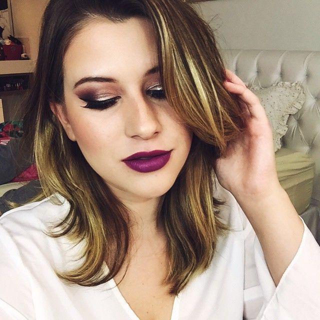 Tem tutorial dessa make linda feita só com produtos @vult_cosmetica lá no canal ❤️ youtube.com/niinasecrets