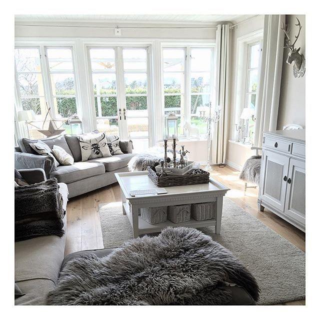 By: @lantlivivitt _____________________________________ ▫️◻️✨✨◻️▫️ _____________________________________ #stylish #casa #home #homedesign #homeinterior #homesweethome #instalove #instadaily #tagsforlikes #beatifulhome #elledecor #decor #onetofollow #inspiration #interior #interiör #interiores #decora #decoracion #interiordesign #interiordecor #style #lovely #homedecor #cozy #classy #dream #amazing