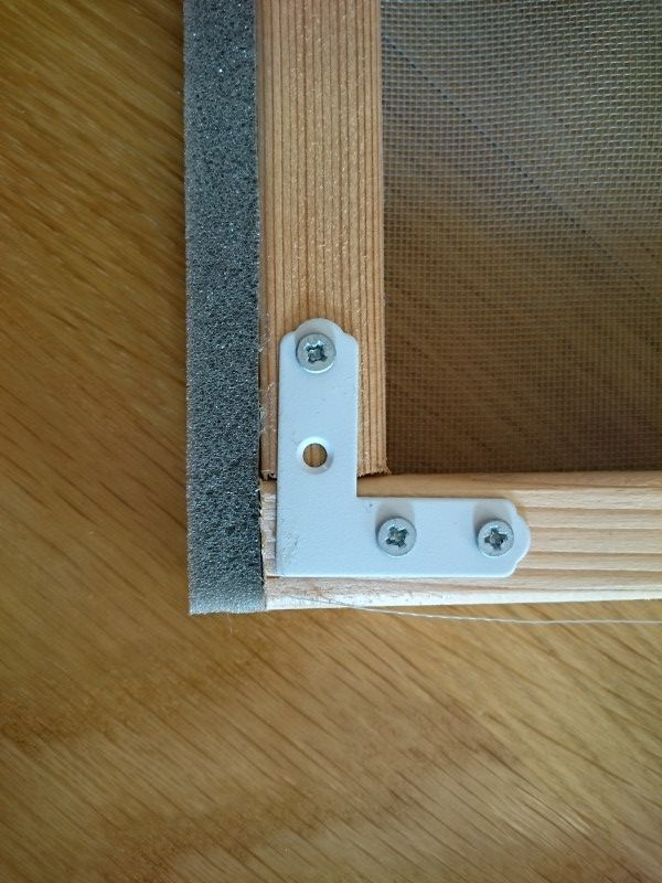 網戸を自作 Diy初心者でも簡単に木製の枠を作る方法 網戸 内窓