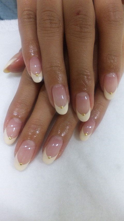 Dainty rounded french