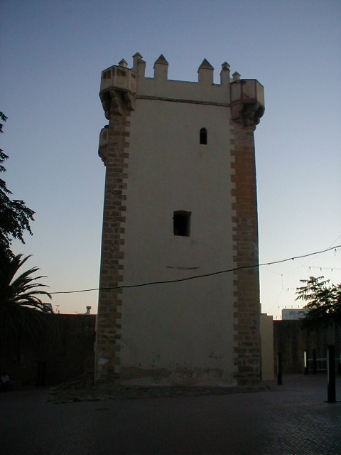 Torre de Guzmán, Conil de la Frontera, Cádiz. Pulse en la