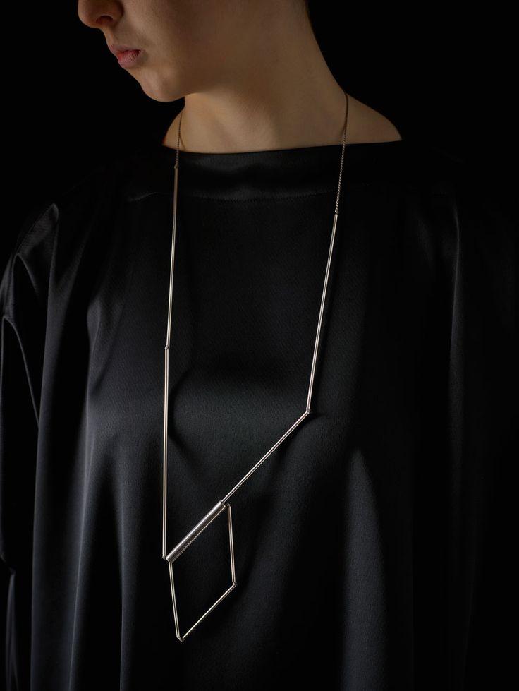 Linda van Niekerk. Neckpiece: Box, Box, 2016. Sterling Silver, silk. Photo by: Peter Whyte.