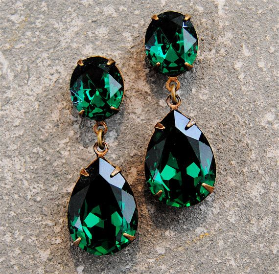 Emerald Green Earrings Swarovski Crystal Rhinestone Earrings Post or Clip on Tear Drop Earrings Duchess Hourglass Mashugana