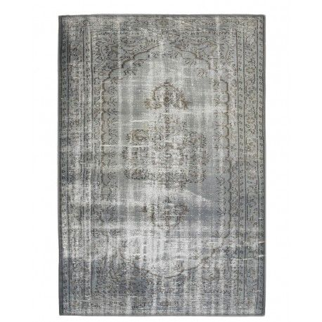 Vintage recoloured tapijt (Grijs) http://www.vintagetapijten.nl/recoloured-tapijten/226-vintage-recoloured-tapijt-grijs.html