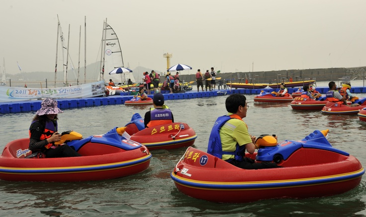 Water bumper cars available at the Korea International Boat Show taking place in the marina at Jeongok Port. Korea Match Cup 2011. Photo:Chris Davies/WMRT