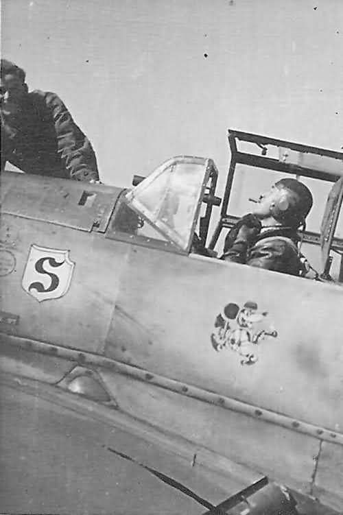 "stukablr: ""Adolf Galland and his Bf109 "" (note the telescopic sight in the windscreen)"
