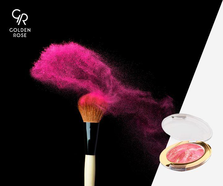 Dla tych dziewczyn, które jeszcze nie zdążyły się opalić w tym roku - do bladej cery idealny jest nasz Terracotta Blush On i delikatny, różowy rumieniec gotowy! Dodajcie sobie koloru latem:)