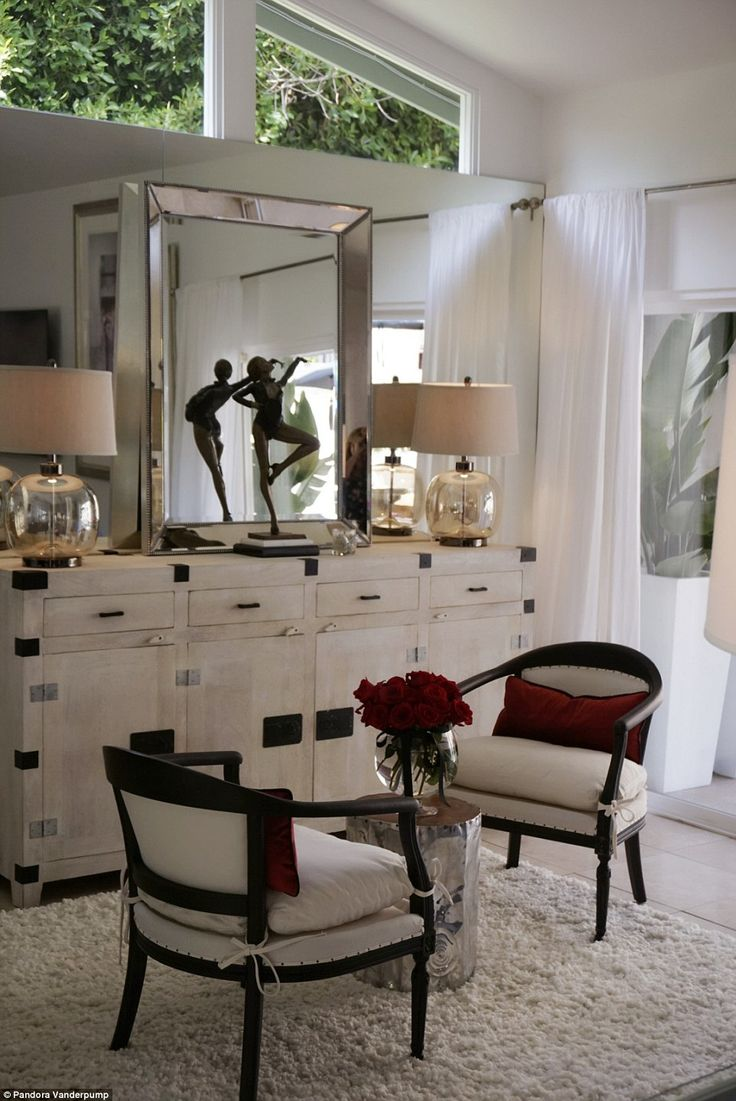 183 best celebrity abodes images on pinterest real housewives fully decorated lisa said being able to give her daughter a hand up was