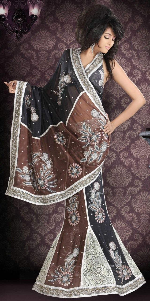 Indian Fashion Trend offers custom made and ready to wear Indian Sarees