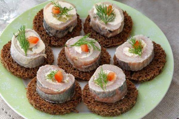 Rolls herring