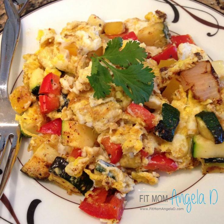 Southwest Scramble | 21 Day Fix Extreme Approved Breakfast | www.fitmomangelad.com