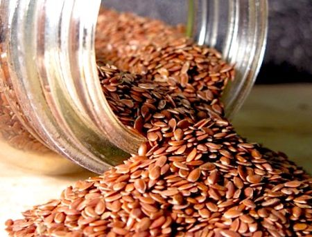 5 Reasons You Should Eat Flaxseeds by Certified Holistic Health Coach Elizabeth Rider. See more at www.elizabethrider.com