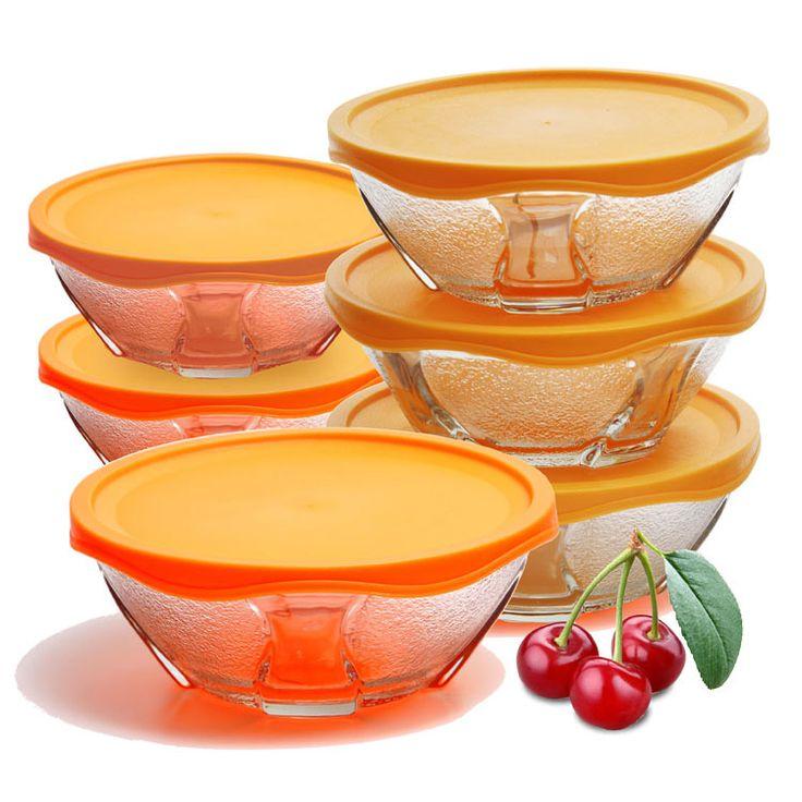 Design requintado para tigelas que permite servir a mesa com elegância. Tigela em vidro transparente e tampa que permite visualizar o conteúdo  armazenado. Tigela que poderá ser utilizada para frutas,  petiscos e lanches.   Produto fabricado com vidro de altíssima qualidade.