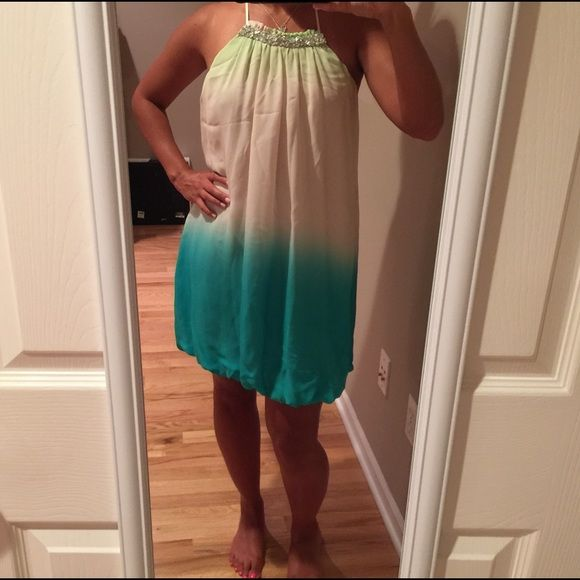 Arden B. Ombré dress Super cool & really cute ombré dress. Arden B. size XS. Adorable on; perfect with nude heels & a silver clutch. Chiffon fabric; zip/tie closure. Tiny snag (photo); barely noticeable. Dry cleaned & ready to wear. No trades. Arden B Dresses