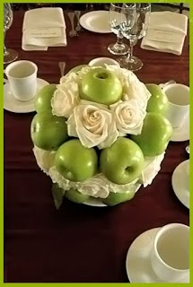 Best 25+ Apple centerpieces ideas on Pinterest | Green apple wedding, Fall  table centerpieces and Fall table settings